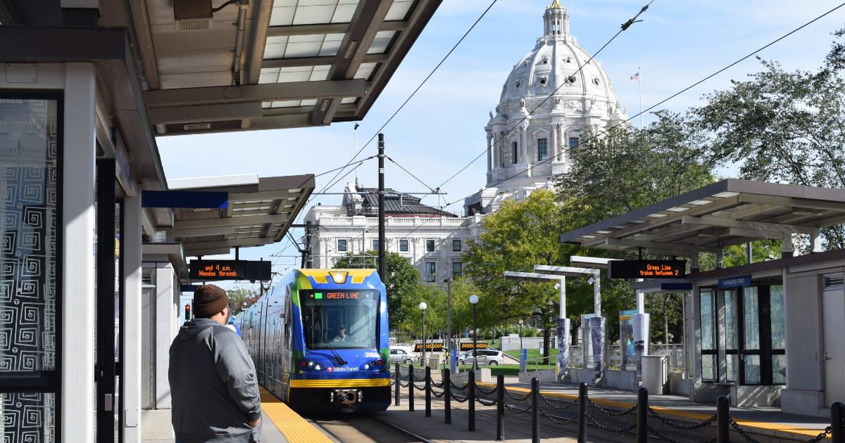 Green line train approaching Rice Street platform in Saint Paul